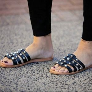 NEW MARC FISHER STUDDED SANDALS